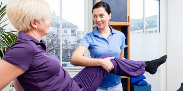 physiofit knee rehab 119791596 630x315 1